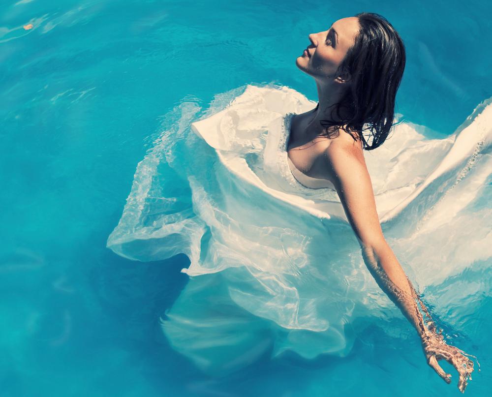 Frau im Wasser